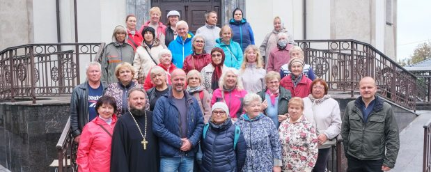У Вознесенского собора посажена сиреневая аллея.