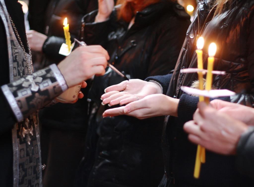Соборование (Елеосвящение) - Таинство, врачующее душу и тело